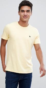 icon moose logo crew neck t shirt in yellow