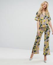 all over printed wide trousers with side splits