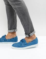 washed canvas boat shoes in blue