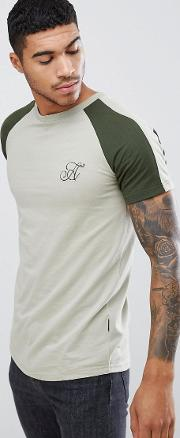 muscle fit panelled raglan  shirt with curved hem