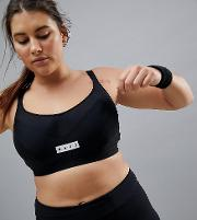 curve moulded sports bra with underwire