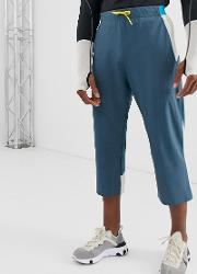 Stretch Woven Length Jogger With Bonded Panels