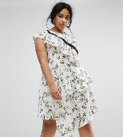 Tea Dress With Hook & Eye In Mono Floral