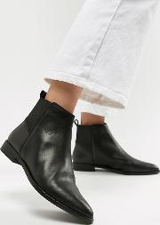 Atom Leather Chelsea Boots