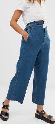 Cropped Lightweight Wide Leg Jeans