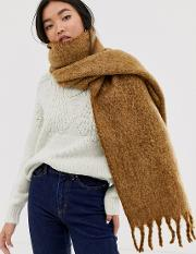 Fluffy Two Tone Long Scarf With Tassels