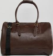 design holdall in burgundy faux leather