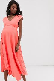 Maternity Exclusive Front Pleated Midi Dress