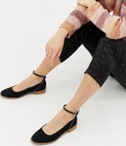 Molly Flat Shoes