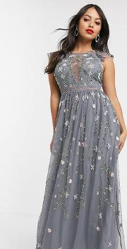 Petite Pretty Embroidered Floral And Sequin Mesh Maxi Dress