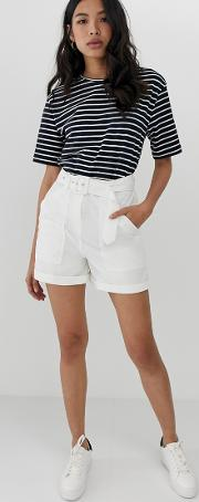 Washed Casual Short With Self Belt