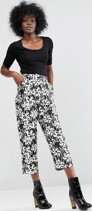 pull on trouser in mono floral print