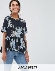 t shirt in floral with ruffle hem