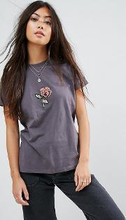 t shirt with sequin rose