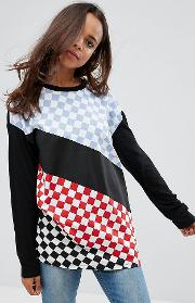 Top With Long Sleeve And Cut About Checker Board Print