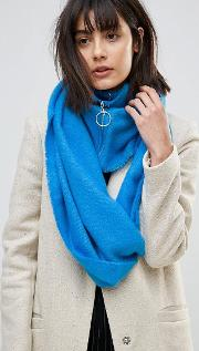 woven snood with zip and ring pull