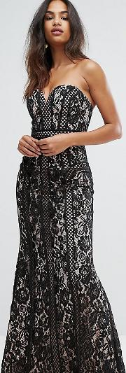 sweetheart maxi dress in panelled lace