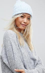 cardigan twist colour hat with knitted pom  in blue