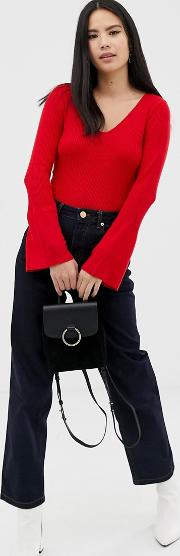 V Neck Jumper With Fla Sleeves In