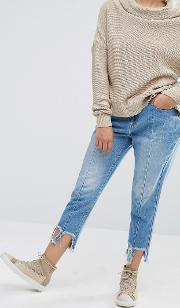 Reconstructed Jeans With Frayed Hems