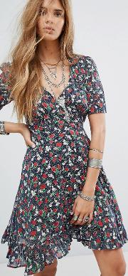 wrap dress with floral rose print