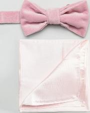 pink velvet bow tie with satin pocket square