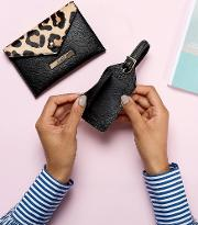 Passport And Luggage Tag Gifting Set  Leopard