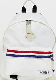 Wyoming Retro Backpack With Stripes