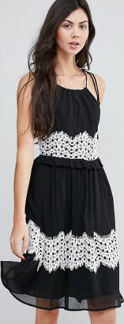 Midi Dress With Contrast Lace Detail
