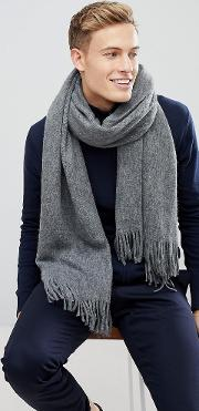 scarf in grey with soft touch