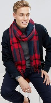 scarf with red check