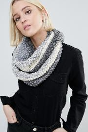 Genie By  Dakota Cream And Grey Ombre Knit Scarf