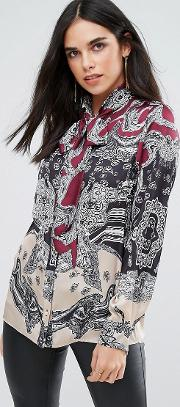 Printed Pussey Bow Blouse