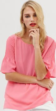 Classic Crepe Fluted Sleeve Top