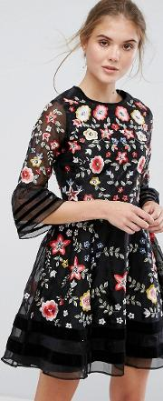 Premium Embroidered Mini Dress With Exaggerated Sleeve