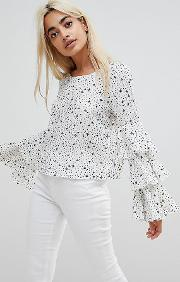 Top With Ruffle Layer Sleeves In Star And Spot Print
