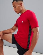 t shirt with side stripe in red