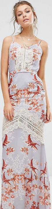 Hope & Ivy Printed Maxi Dress With Low Back And Eyelash Lace Trim
