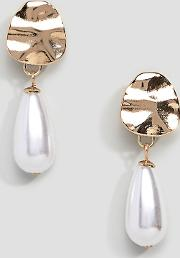 hammered gold & pearl drop earrings
