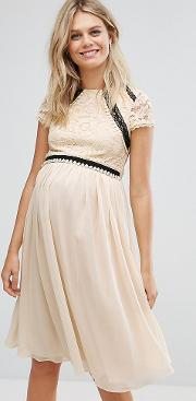Short Sleeve 2 In 1 Lace Skater Dress With Contrast Skirt