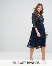 3/4 sleeve  neck midi dress with delicate sequin and tulle skirt