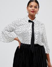 Printed Pussybow Blouse