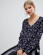 All Over Floral Frint Blouse