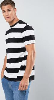 man block stripe  shirt with twist feature in black and white