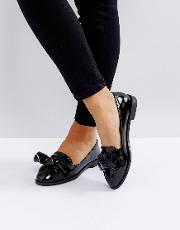 Flat Bow Patent Loafer