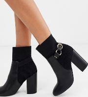 Heeled Boots With Ring Detail