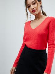 jumper with contrast cross back