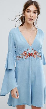 v neck tea dress with ruffle layer sleeves and floral embroidery