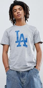 la dodgers t shirt with large logo in grey