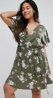 New Look Curve Floral Wrap Dress